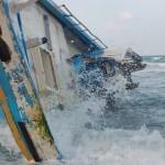 Sri_Lanka_Trincomale_Shipwreck_2