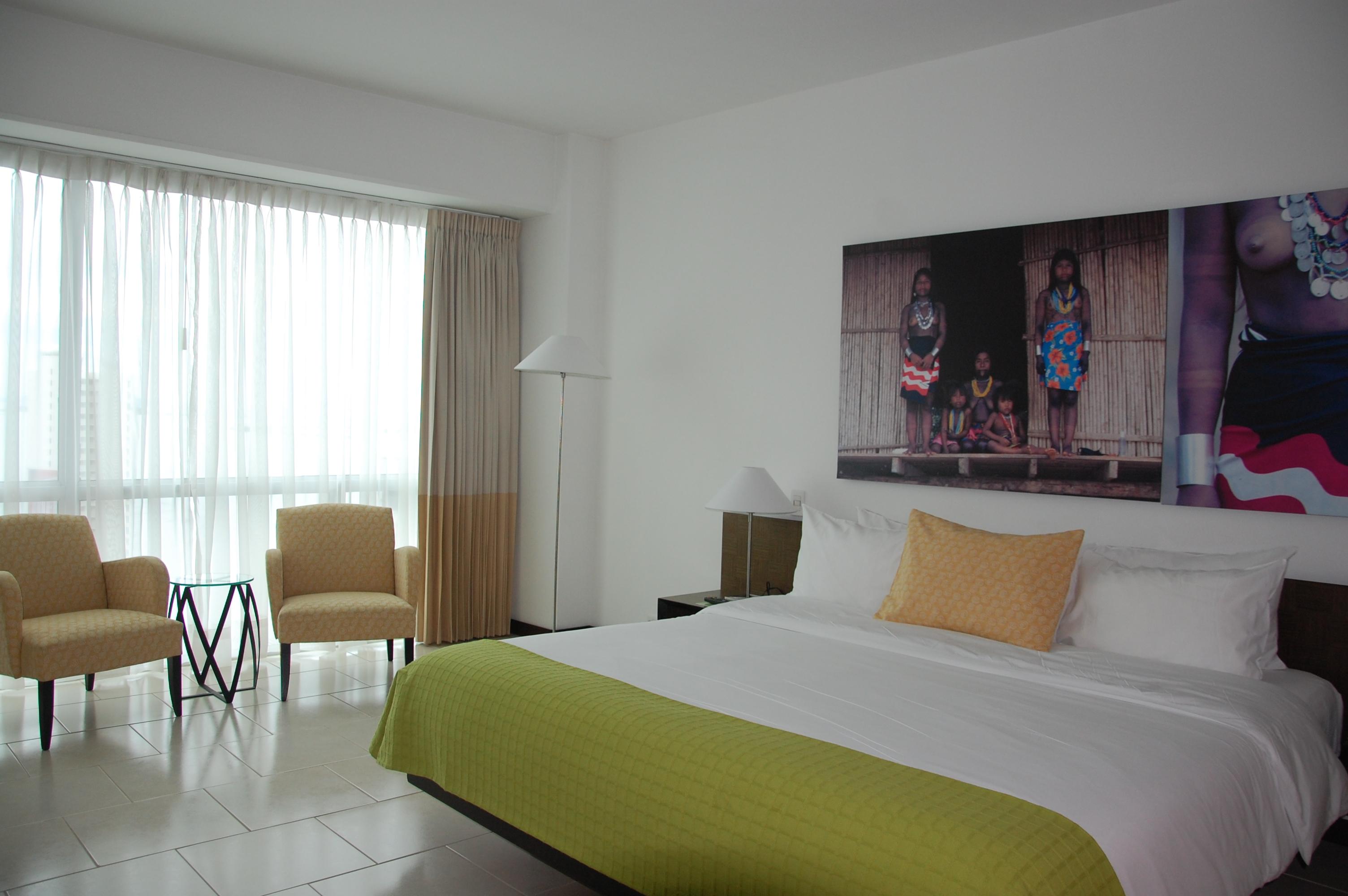 Radisson Decapolis Panama Suite Bedroom