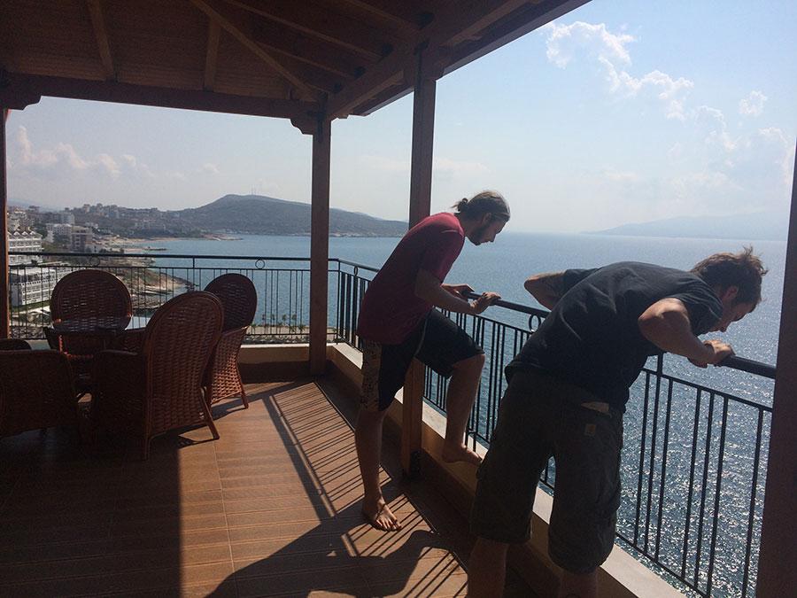 airbnb-penthouse-saranda-albania-2